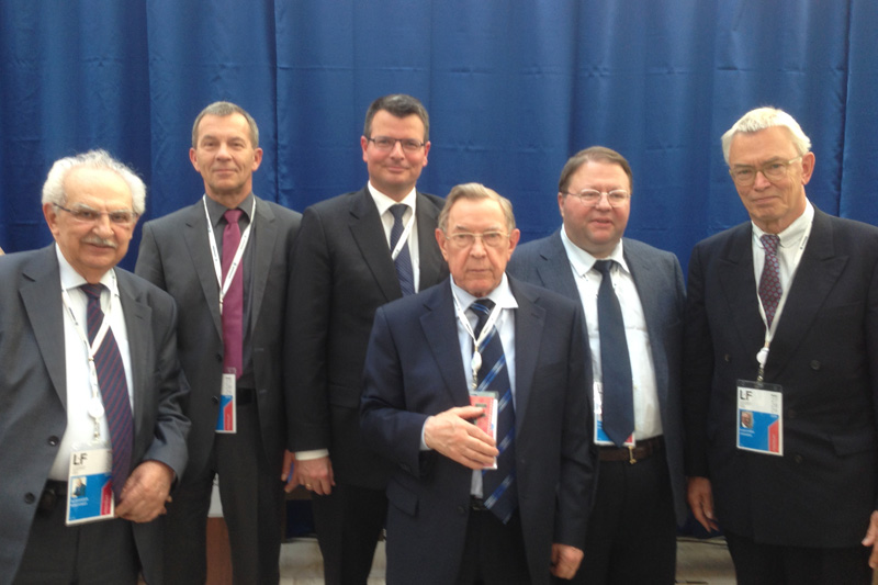 Aleksandr Makovskiy, Chairman of the Research Centre of Private Law of the President of the RF; Wolfram Marx, Head of Division at the Federal Ministry of Justice and Consumer Protection, Veniamin Yakovlev, Advisor to the President of the Russian Federation in legal issues; Anton Ivanov, President of the Supreme Commercial Court; Günther Jannsen, former Judge at the Higher Regional Court of Oldenburg (from left to right)