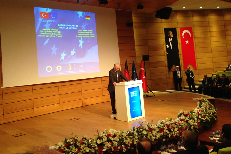 Rainer Dopp, Staatssekretär a.D., Projektleiter