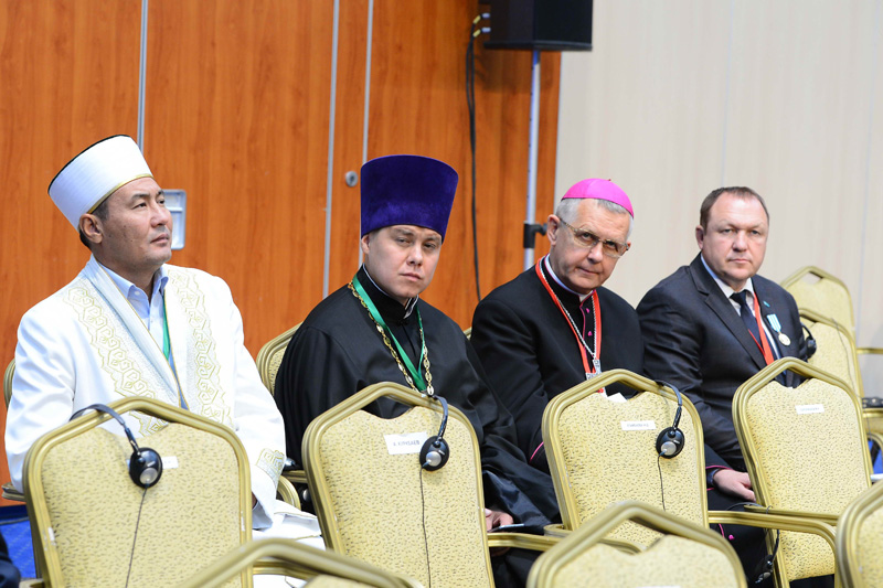 Clerical representatives: Grand Mufti Mayamerov; Metropolitan Alexander; Archbishop Tomash Peta; Rabbi Shmuel Karnauch, Chief Rabbi of Astana (from left to right)