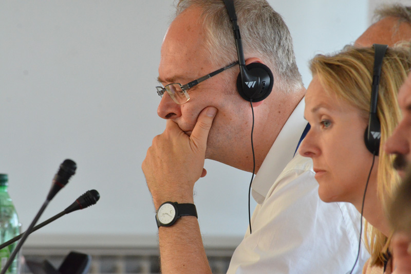 Dr. Wolfgang Janisch, Süddeutsche Zeitung, Deputy Chairman of the Judicial Press Conference of Karlsruhe, and Nina Salomon (right), Press Officer for the European Court of Human Rights