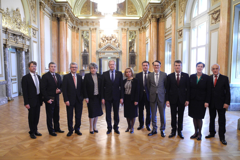 The delegation during a visit to the Federal Administrative Court in Leipzig with Martin Steinkühler, judge at the Federal Administrative Court