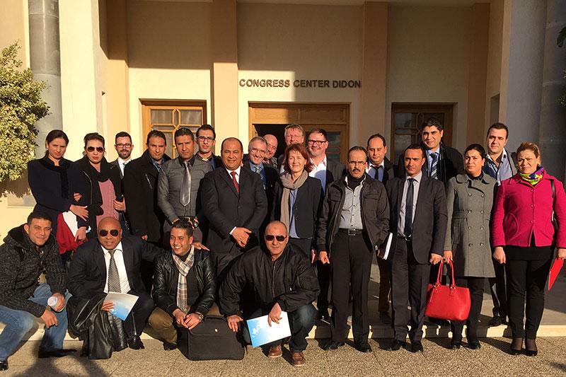 Teilnehmerinnen und Teilnehmer der Konferenz zum Thema Strafvollzug in Tunesien