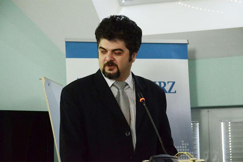 Prof. Dr. Slavko Djordjevic bei seinem Vortrag