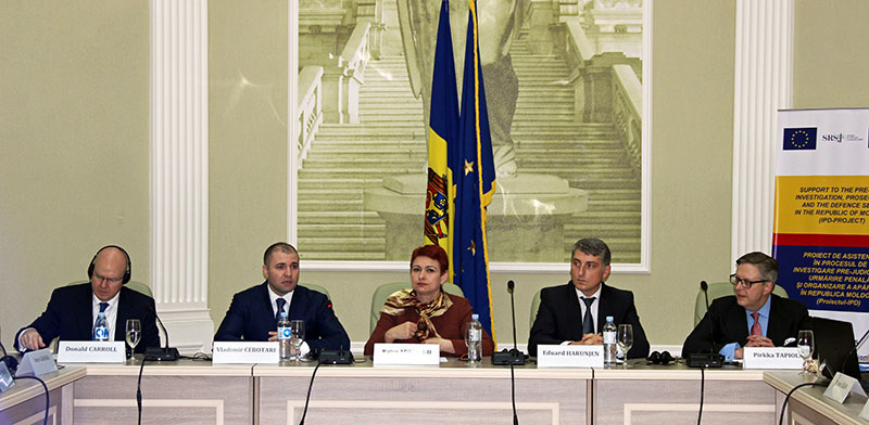 Pirkka Tapiola, EU-Ambassador in the Republic of Moldau; Eduard Harunjen, Acting Prosecutor General of the Republic of Moldova; Raisa Apolschii, member of parliament; Vladimir Cebotari, Minister of Justice; Donald Carroll, Country Director of Criminal Justice and Law Enforcement at the Embassy of the United States (right to left)