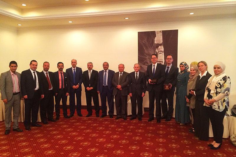 Teilnehmerinnen und Teilnehmer der Expertengespräche