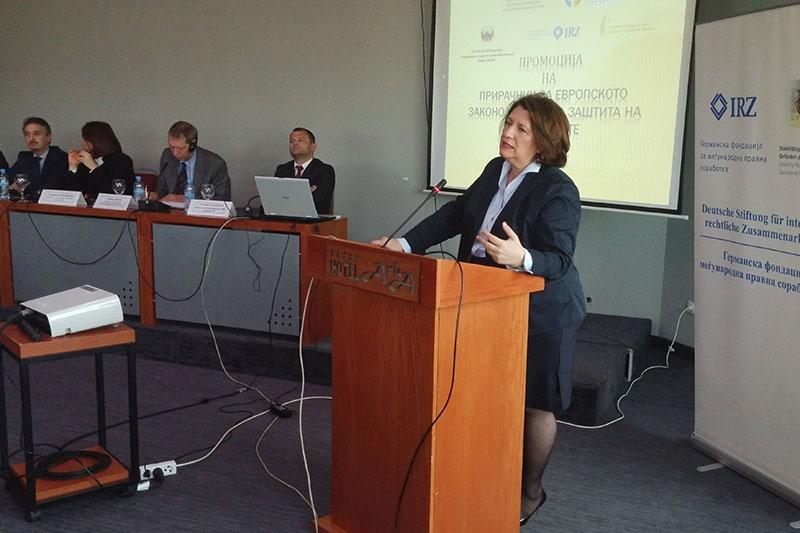 Die mazedonische Richterin am EGMR, Dr. Lazarova Trajkovska, bei ihrem Vortrag