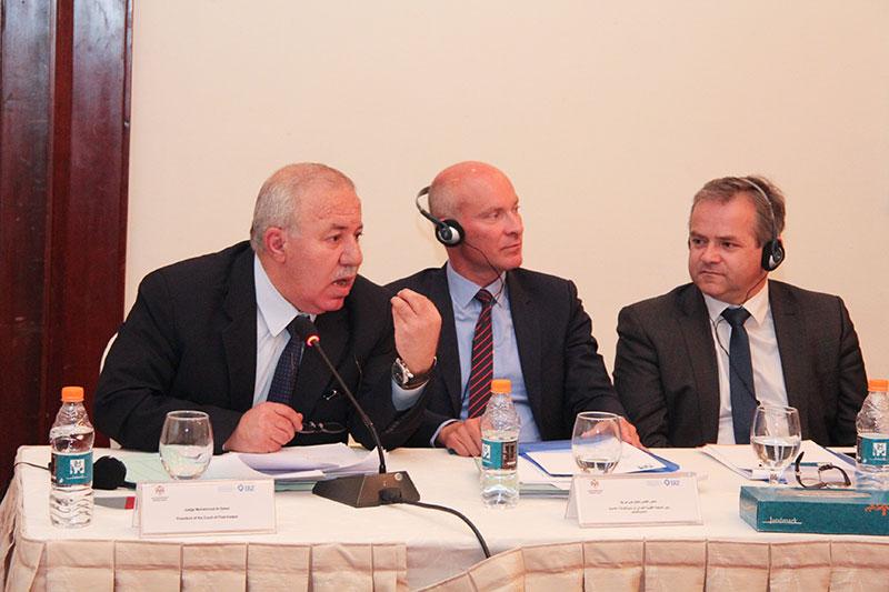 Mohammad Al Saket, Präsident des Erstinstanzlichen Gerichts West Amman; Dr. Stefan von der Beck, Vorsitzender Richter am Oberlandesgericht Oldenburg; Dr. Thomas Veen, Präsident des Amtsgerichts Osnabrück (v.l.n.r.)