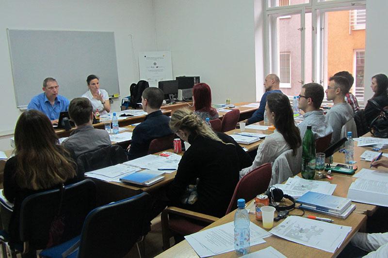 Vivid discussion among the participants