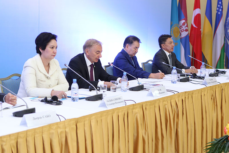 Gulschara Abdykalikova, Secretary of State to the President; Igor Rogov, Chairman of the Constitutional Council; Kairat Mami, President of the Supreme Court; Askar Schakirov, Human Rights Representative (from left to right)