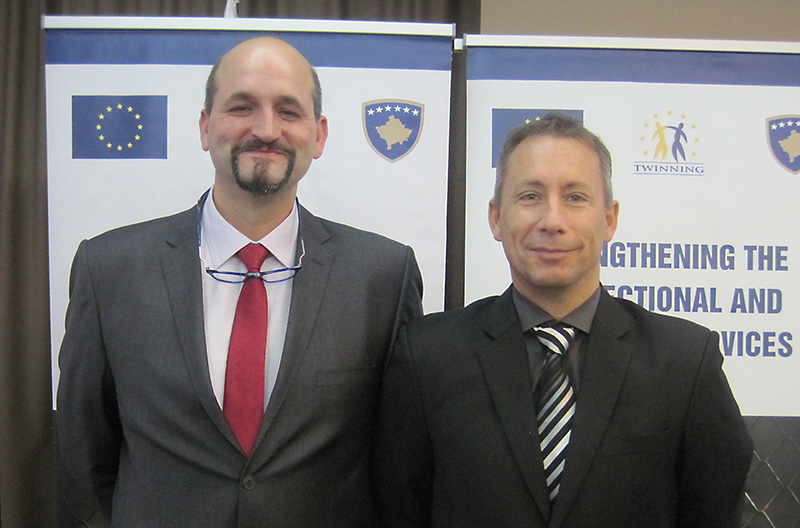 RTA Stephan Schnaars (left) and expert Jörg Lorenz, both from the IRZ