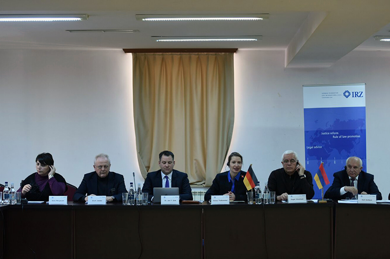 Dr. Anna R. Margaryan, Yerevan State University; Erich Joester, criminal lawyer and notary; Dr. Jan F. Orth, Presiding Judge at the Regional Court of Cologne; Teresa Thalhammer, IRZ; Prof. Gagik Ghazinyan, dean of the law faculty at Yerevan State University¸ Prof. Davit Avetisyan, Yerevan State University and former President of the criminal division at the Court of Cassation (from left to right)