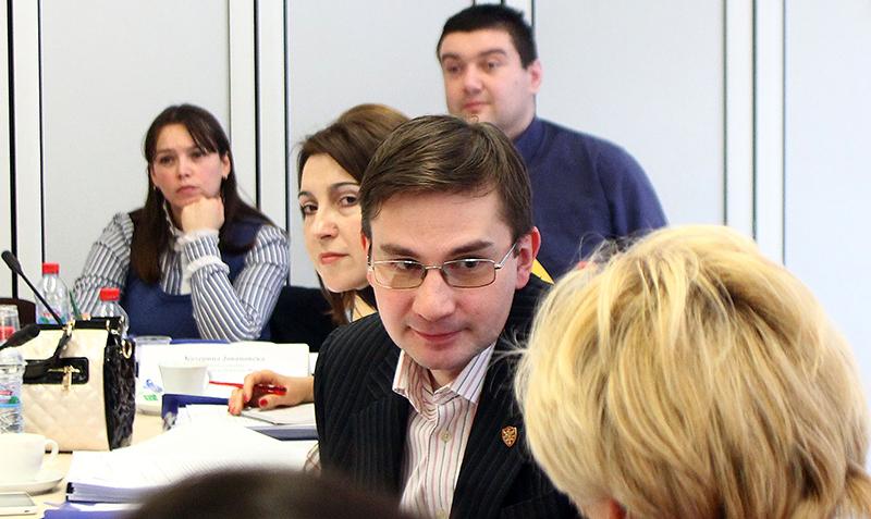 Aktiver Austausch unter den Teilnehmerinnen und Teilnehmern