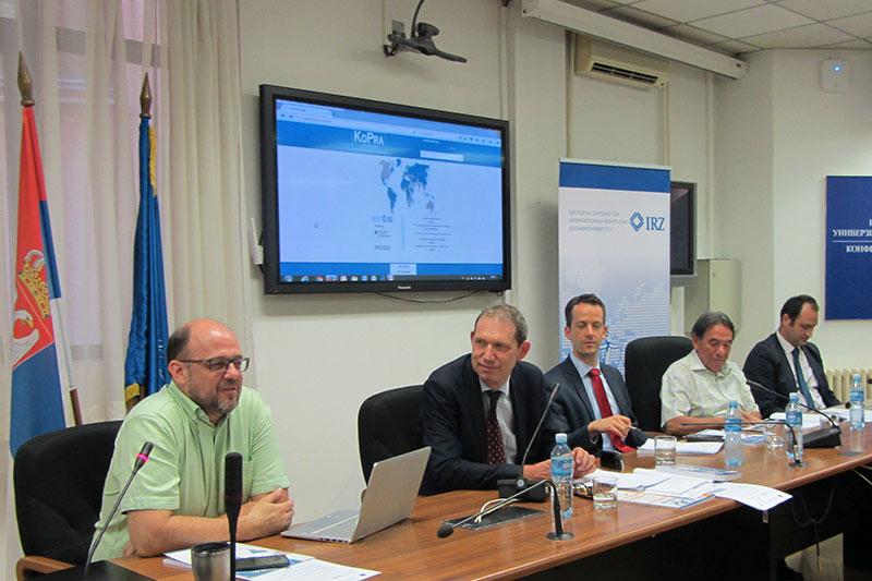 Prof. Dr. Miloš Živković bei seinem Vortrag