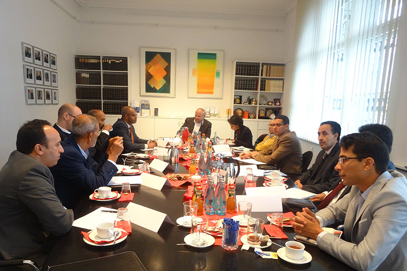 The Moroccan delegation during expert discussions with Peter Faust, Presiding Judge at the Regional Court of Berlin, at the German Association of Judges in Berlin
