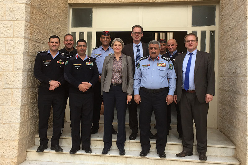 Visit to the Muwaqqar I prison, with experts Susanne Gerlach (centre) and Martin Riemer (on the right)
