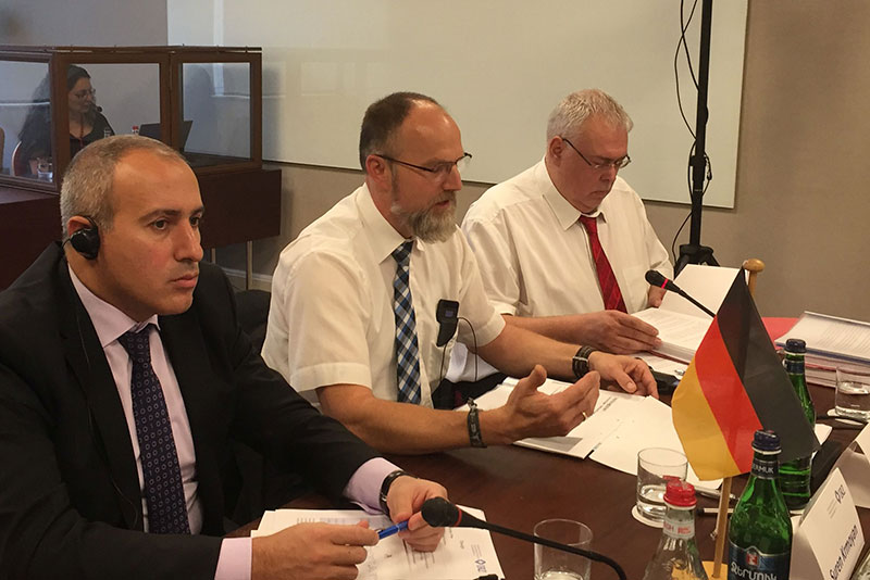 Suren Krmoyan, Deputy Minister of Justice for Armenia; Heinz Brüche, Bildungszentrum Justizvollzug Baden-Württemberg; Thomas Müller, Prison Director at the Karlsruhe penal institution (from left to right)