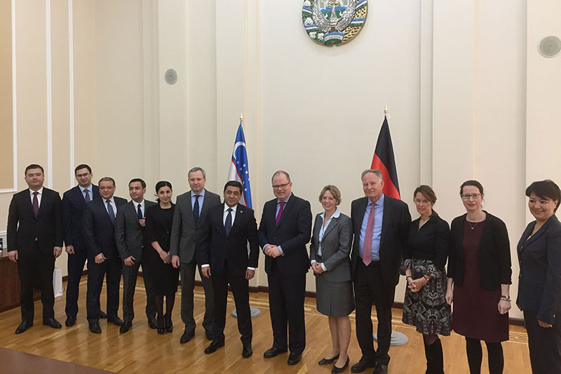 The German delegation under the leadership of Secretary of State Christian Lange (centre) with their Uzbek hosts