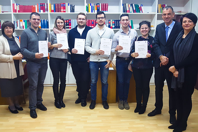 Graduates and professors of the supplementary course with Christian Sedat (2nd from right) from the German Embassy