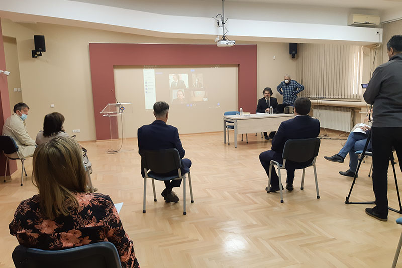 A view of the meeting room in Kragujevac during the lecture by Prof. Dr. Slavko Đorđević (at the desk)