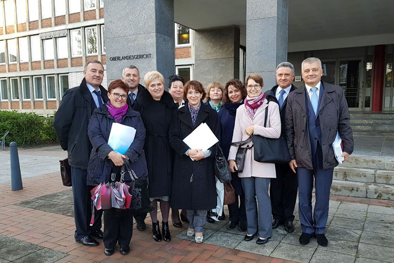 Working visit by representatives of the Kiev Appeal Court to the Oldenburg Higher Regional Court: Victor Hlynianyi, Deputy Chairman of the Kiev Appeal Court (far left)
